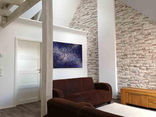 Wohnzimmer mit natursteinwand deneme ama l - Natursteinwand wohnzimmer ...